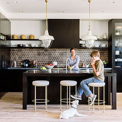 Kitchen Backsplash with pattern