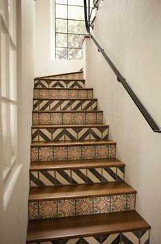 stair risers, tans, cream, spanish tile