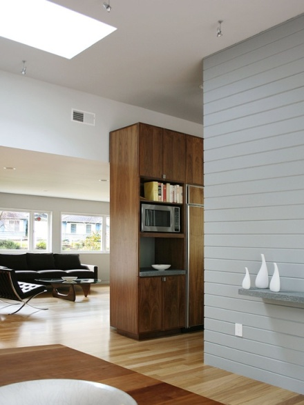 Living Room, Transitional Architecture, Baseboard, Paneled Wall